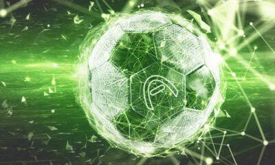 Fotboll med Aspire Globals logga