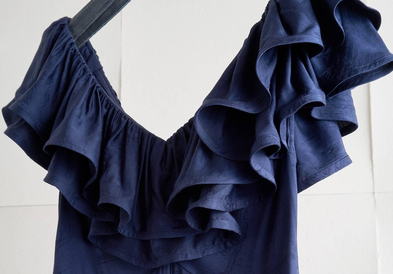 Klänning gjord av Renewcells Circulose