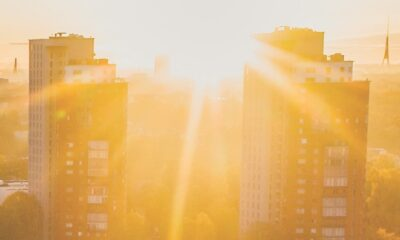 Solen skiner